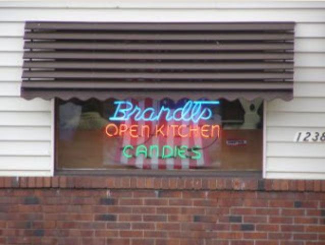 George and Agnes Brandt founded Brandt's Open Kitchen Candy in 1948 in Willoughby, Ohio, a small thriving community east of Cleveland.